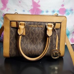 Medium sized Michael kors purse